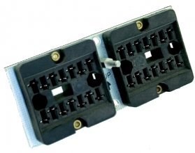 V97 socket - Crimp terminal, panel mount, 8 pole